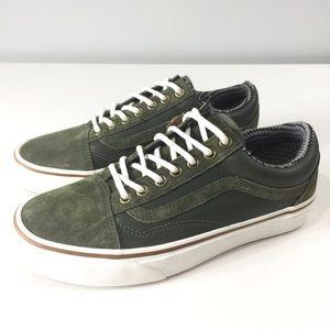 d25a89c6b4 Vans Shoes - Vans Old Skool MTE Grape leaf Marshmallow Sz 8